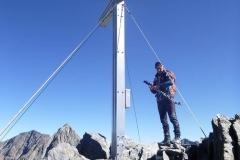 Am Gipfelkreuz des Debantgrat